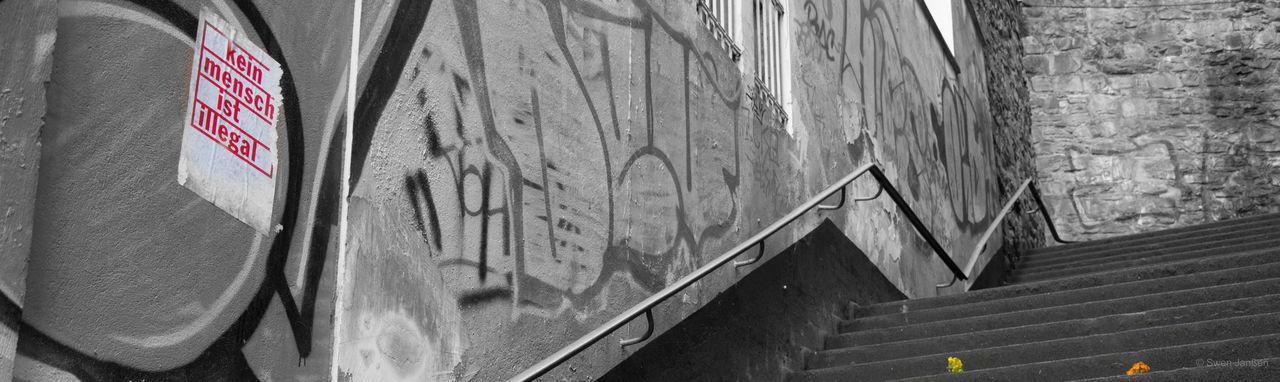 Colorkey Blackandwhite Wuppertal ölberg Schwarzweiß Treppe Aussage