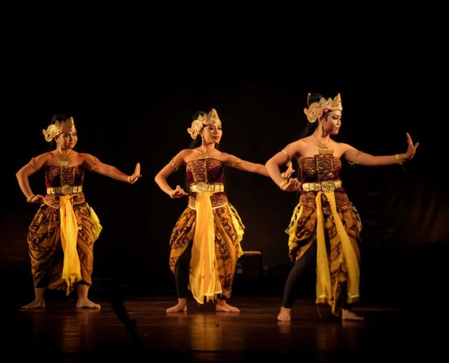 Tradisional dance from Indonesia EyeEm Selects Dancing Performing Arts Event Performance Dancer Cultures Adult Females Arts Culture And Entertainment Stage - Performance Space