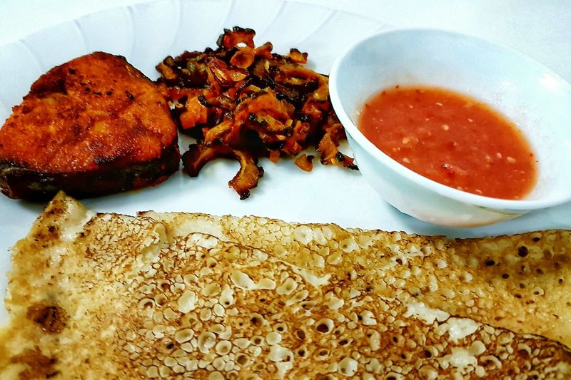 Food Still Life High Angle View Ready-to-eat Close-up Serving Size Indian Food Fishfry Chillies Sauce Spicyfood