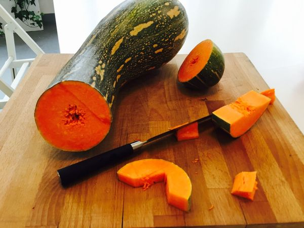 Cut Food Freshness Healthy Eating Healthy Lifestyle Inthekitchen Knife Organic Preparation  Pumpkin