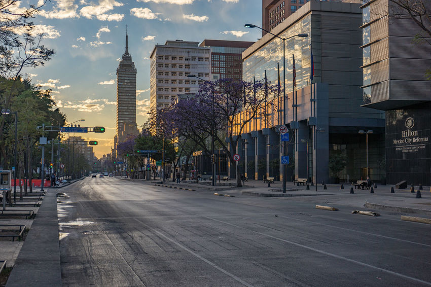 View on Torre Latinoaméricana, Mexico City Architecture Built Structure City Mexico Mexico City Morning Sky Streetphotography Sunrise Torre Latinoaméricana