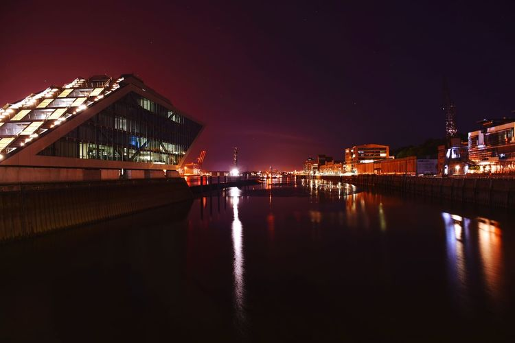 Nature Beauty In Nature Outdoors Focus On Foreground Night Lights Night Photography Night Life Night Shot Night City Reflections In The Water River Elbe ♥️ City Cityscape Illuminated Nightlife Reflection Sky Architecture Building Exterior Tranquil Scene Horizon Over Water Seascape Tranquility Idyllic Scenics Waterfront