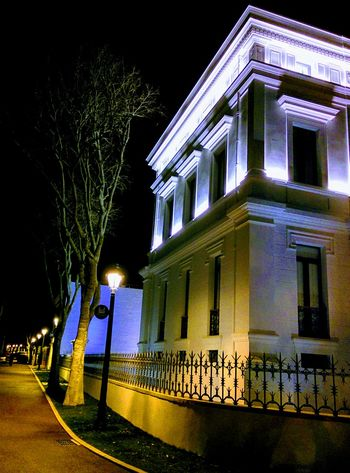 Night Architecture Building Exterior Built Structure Illuminated Outdoors City No People Architectural Column Sky Building Feature Urbanphotography Urban Exploration Urban Architecture Rehabilitated Rebuild To Renew White Color City Architecturephotography