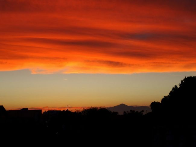 Red sky in Muchavista, El Campello EyeEm Nature Lover EyeEm Best Shots Eye4photography  Nature Landscape Clouds And Sky Photography Sunset Taking Photos Sky