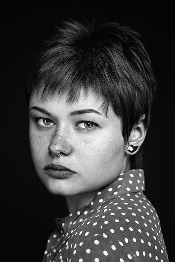 When i do portraiture i like too capture intense emotions in my shots. I enjoy when the viewer is forced to think about someone elses thoughts and ferlings. Portrait Portaiture Black And White Portrait Bnw Bnw_photography Beautiful Woman Freckles Losangeles Beauty