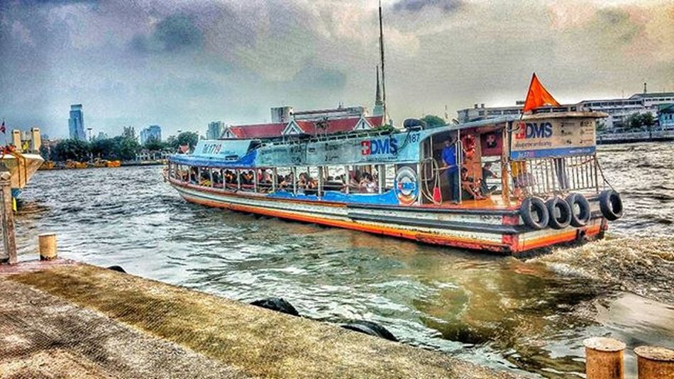 Careful on the boat. Wichudamgallery Chaophraya Boat River Bangkok Thailand Pier People Many Heavy Nature Sky