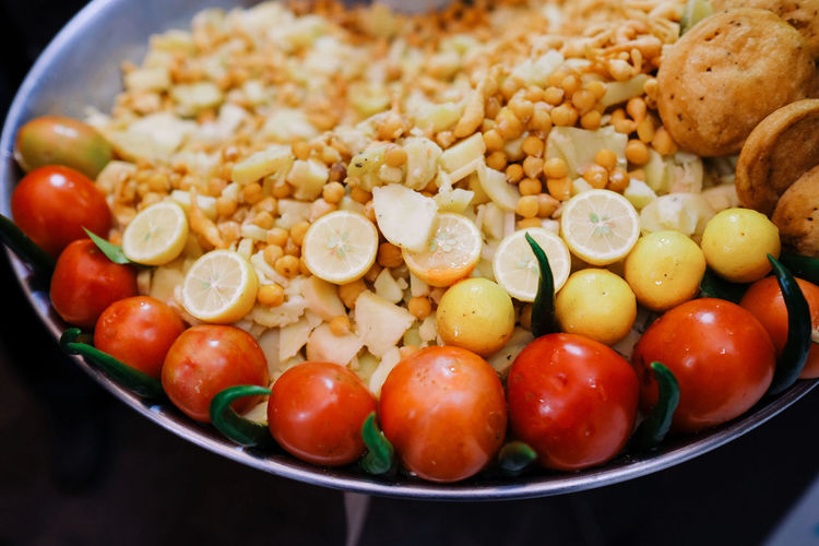 Food Food And Drink Fruit Healthy Eating Tomato Vegetable Wellbeing Freshness Ready-to-eat Close-up No People Indoors  Plate Bowl Cherry Tomato Meal Still Life Salad Snack Breakfast Tomatoes Pakistan Lime Dhal