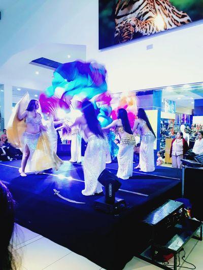 Danza Arabe Danza Arabe Technology Multi Colored City Women