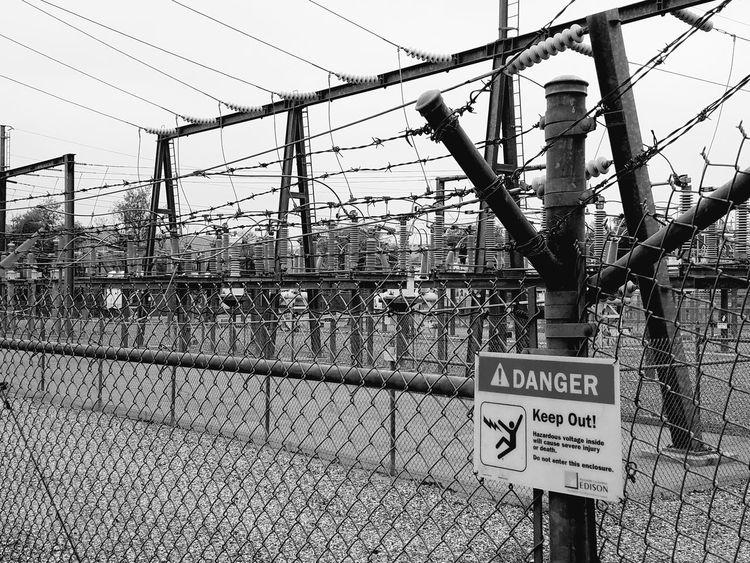 Highvoltage Danger Barbed Wire