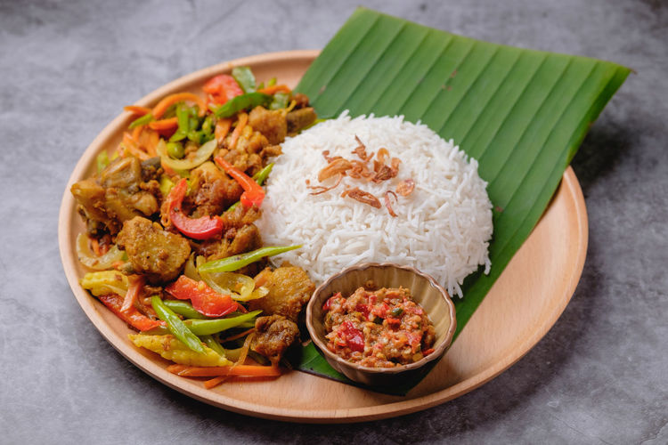 Nasi Ayam Kunyit Food And Drink Food Ready-to-eat Meat Healthy Eating Indoors  Freshness Rice - Food Staple Plate Still Life No People Chicken Chicken Meat Mexican Food Bowl Vegetable High Angle View Close-up Meal Dinner White Meat Malaysian Food Nasi Ayam Kunyit