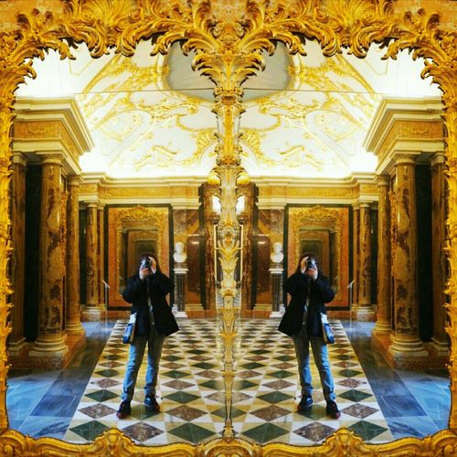 I CLONED Cloned Ornate Architecture Travel Destinations Tourism Travel Palace Gold Colored Cultures Architectural Column Built Structure Tourist Two People Symmetry Luxury Full Length Indoors  Dome Standing Politics And Government Vacations