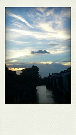 Finally come and see your beauty in person, Wuzhen~ 乌镇,傍晚时分