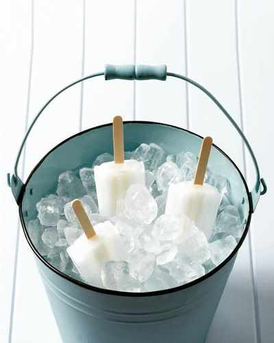 Cold Temperature Food And Drink Refreshment Ice Cube Drink Indoors  Studio Shot