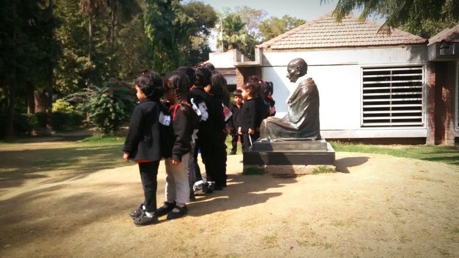 Children and Mahatma Gandhi. Freedom fighter with future builders. Gandhi Mahatma Gandhi Kids Children Independence Children Photography Freedom Fighter Statue Sabarmati Ashram