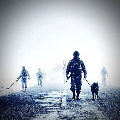 Tsk Afrin Afrinoperasyonu TBT  Türkiye Türkaskeri Dog Walking Full Length Rifle Gun Winter Pets EyeEmNewHere