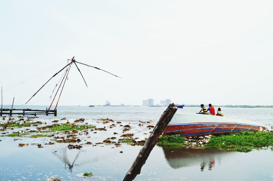 Snap a Stranger The Perfect Strangers 3 Kids Urban Lifestyle Fishing Net Kerala Upside Down Boat Fort Kochi Adapted To The City EyeEmNewHere The Photojournalist - 2017 EyeEm Awards The Great Outdoors - 2017 EyeEm Awards The Street Photographer - 2017 EyeEm Awards BYOPaper! The Portraitist - 2017 EyeEm Awards Live For The Story People Lost In The Landscape