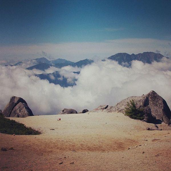 薬師岳 #山 #トレッキング #自然 #mountain #trekking #sky #clouds #nature #naturelovers #alps #landscapes Clouds Nature Sky Trekking Landscapes Mountain Naturelovers Alps 自然 トレッキング 山
