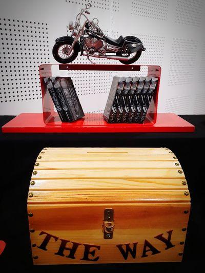 A Bíblia dos motoqueiros!!! #motor #godisalvation #franceavecJesus Text Astrology Sign Close-up