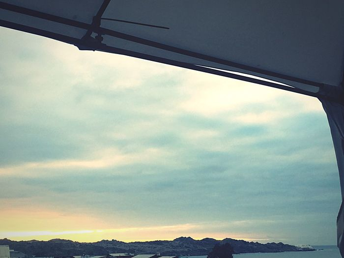 Se nos va el día.. Sky Cloud - Sky No People Transportation Day Low Angle View Outdoors