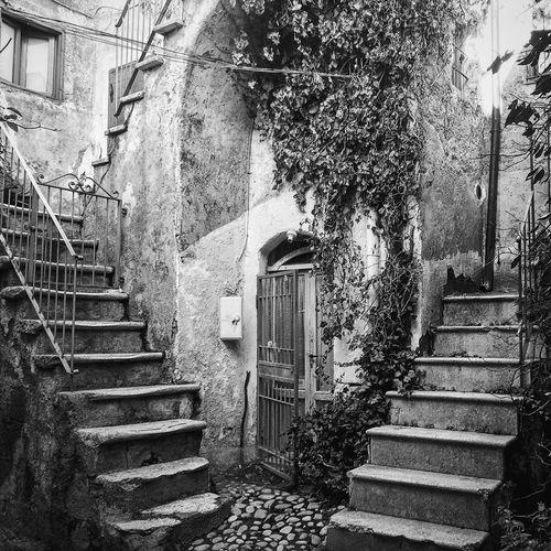 Ancientpalace Oldplace Italianvillage Ancientatmosphere Calcata Calcatavecchia