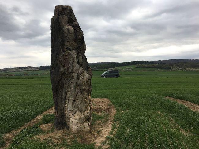 Monolith Nature