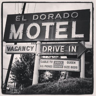 Noir Black And White Signs Signage Hotel Retro Neon Nostalgic  Motel Blacknwhite Monoart Traveler Throwback Monochromatic Mytravelgram Blacknwhite_perfection Mdbw Bnwoftheday Noire Bnwalma Manitou Bnwlovers Neon_power Retrosign Bnw_power Found_art Art_shot Nocolorneeded