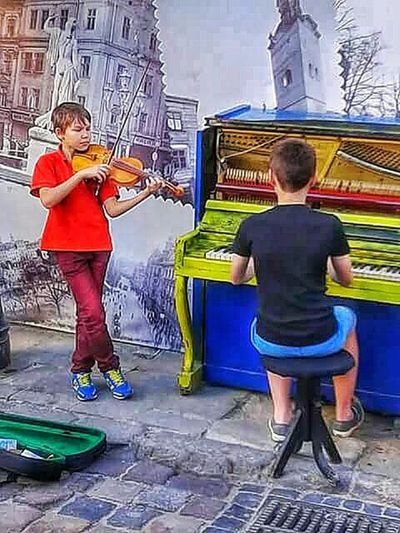 Musician Stretphotography Ukraine, Lviv Showing Why I Could Be An Open Editor Walking Around The City  Enjoying Life Fresh Scent Cleaning My Account At EyeEm People Photography Respect For The Good Taste Photos Around You