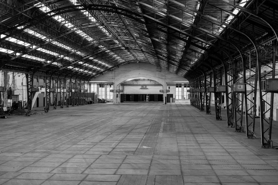 Indoors  The Way Forward No People Architecture Built Structure Day Street Architecture Shadow Travel Destinations Pipe - Tube Industry Metal Industry Full Frame The Week On EyeEm Photography Cable Outdoors The Architect - 2017 EyeEm Awards City Black And White Friday