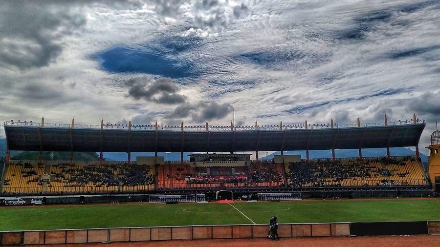 Stadium Si