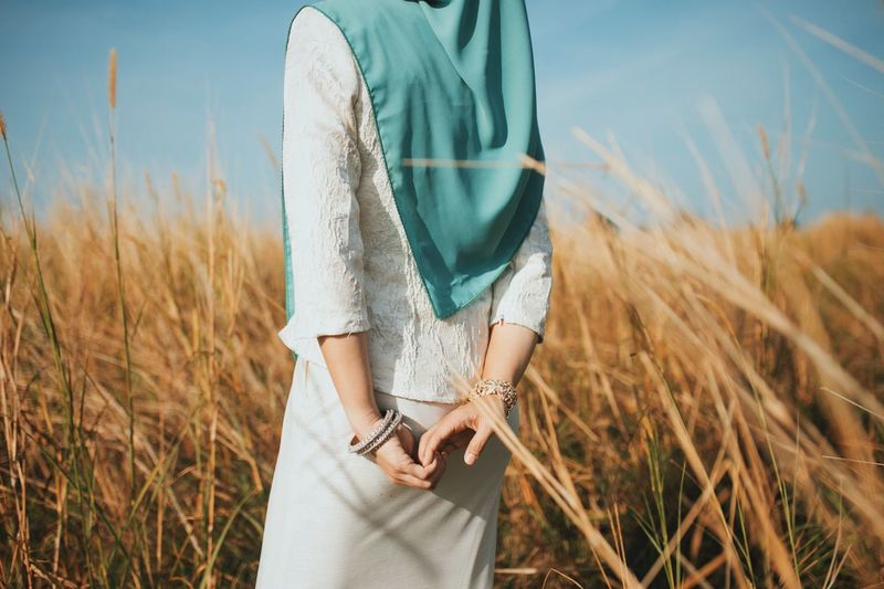 Hijabster Hijabster Malaysia Truly Asia Tudung Hijabstyle  Scarf EyeEm Selects Land One Person Plant Midsection Field Real People Lifestyles Nature Sunlight Sky Day Casual Clothing Women Grass My Best Photo