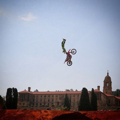 Red Bull X Fighters qualifiers 2015 at the Tshwane Union Buildings. RedBullXFighters Xfighters Xfinstameet Redbullza RedBull @redbullxfighters @redbullza @fujifilm_sa