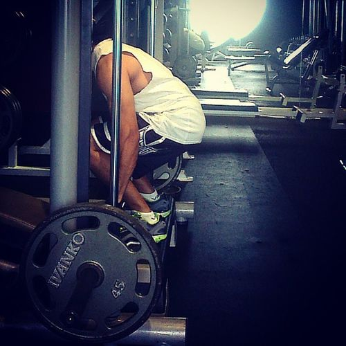 Humpday mission Deadlifts Lowerback Getsome gymshit HiiT calisthenics AsweatAday Rainyday