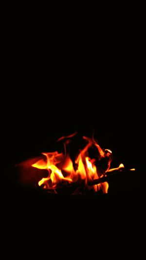 Flame Heat - Temperature Fire - Natural Phenomenon Burning Night Bonfire No People Fire Pit Close-up