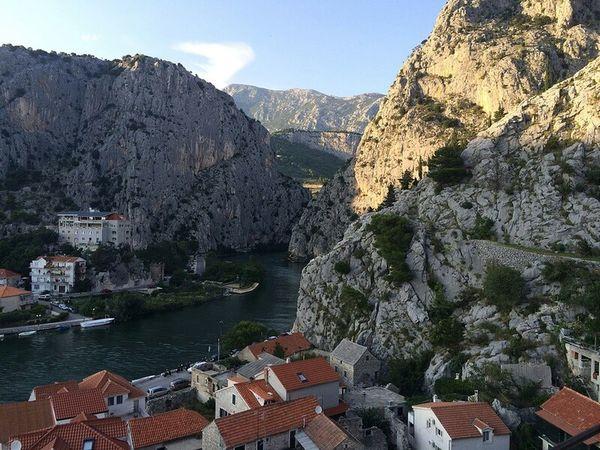 Mountain Lake Water Omis Croatia