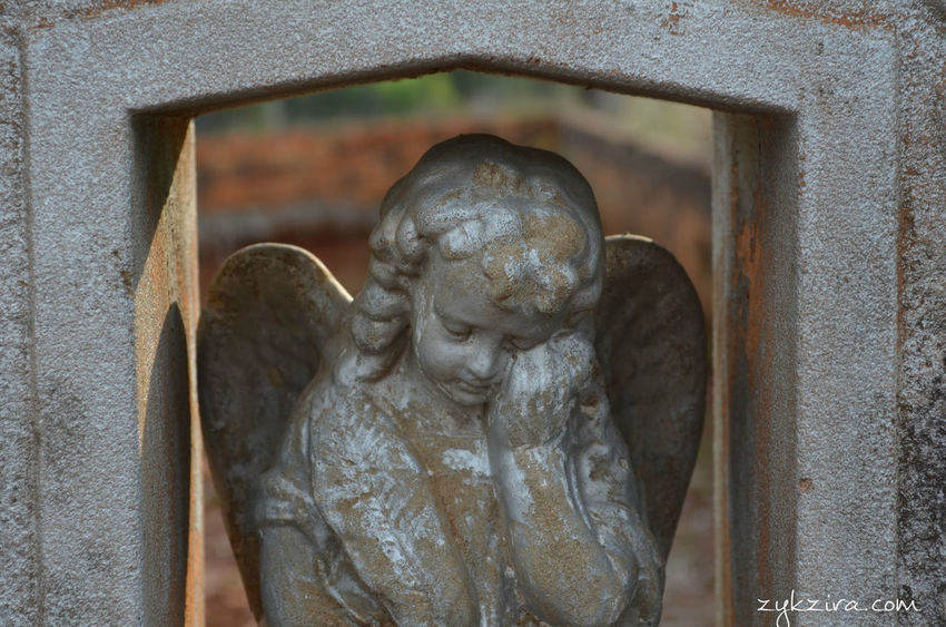Astimegoesby Deterioration Angels Old Cemetery Taking Pictures Cemetery_shots Cemetery Taking Photos Hello World
