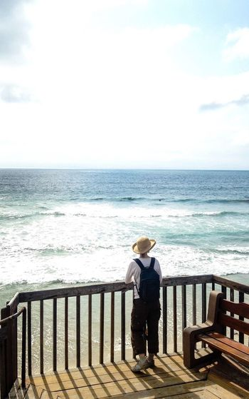 A last View Pacific Ocean WestCoast Beach Life Woman on Stairs Watching the Waves Ocean View Nature Connected With Nature San Elijo State Beach California California Love Longing View From Above Clear Sky Clear Blue Wave Feel The Journey Long Goodbye An Eye For Travel California Dreamin