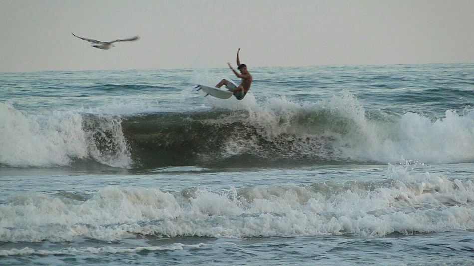 Surfers Paradise Surftime Surftrip Surfwax Surfwaveshair Surfing Sea Jumping Balance One Person Water Motion One Man Only People Adult Skill  Sport Vitality Full Length Adventure Leisure Activity Agility Mid-air Fun Flexibility #