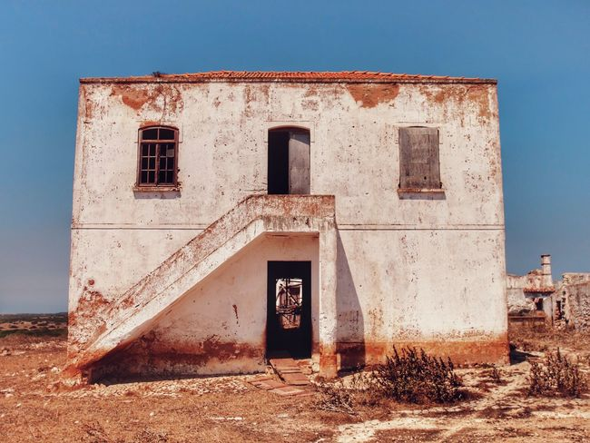 Abandoned farm, Sagres, Portugal Abandoned & Derelict Abandoned House Abandoned Places Abandoned Portugal Portugal Algarve Terence Cigler Abandoned Abandoned Buildings Abandoned Farm Abandoned_junkies Architecture Building Exterior Built Structure Clear Sky Day No People Outdoors Sky Sunlight