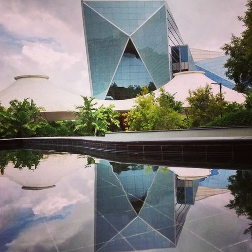 Glass Building Reflection Perfection Water Still Mysore Infosys Bestcampus