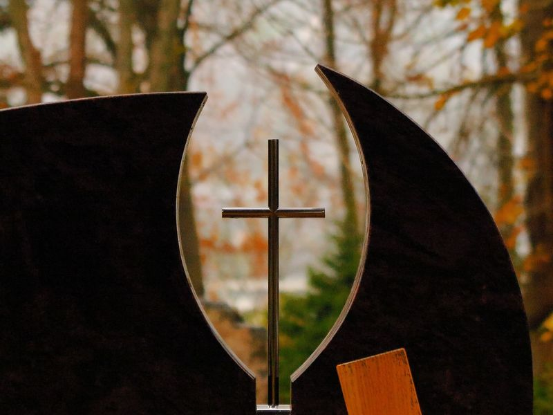 Christian Cross Death Faith God Grave Grave Stone Life Maria Mother Day Faithful Father Graveyard No People Outdoors Religion Religious  Stone Tree