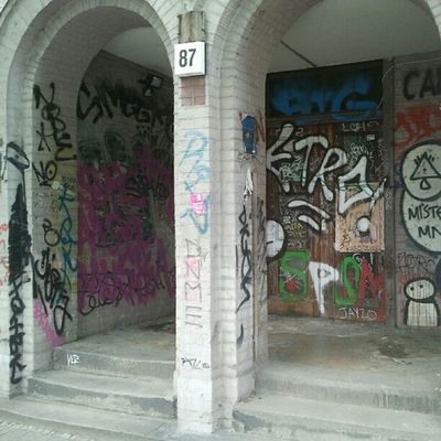 the dark side of #Berlin #Mitte Torstrasse. #nojoke :) Berlin Mitte Nojoke
