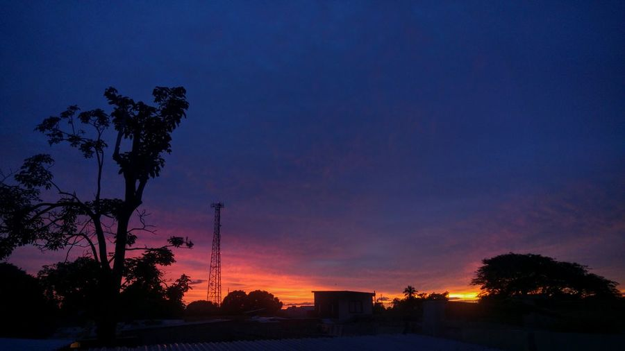 Behind Behind The House Sunset Tranquil Scene Sky Natural Photographer Nature Tree Beauty In Nature EyeEm Nature Lover Cellphone Photography