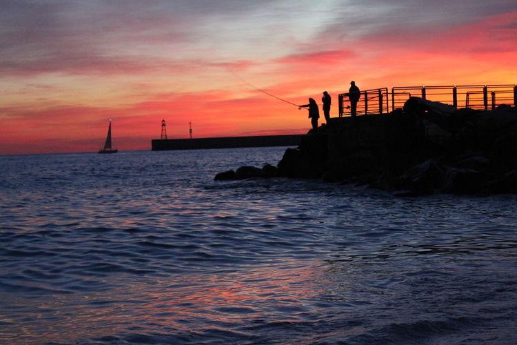 Myhobby Enjoying Life Travelingram Photography Photo Traveling Sea Beach Beachphotography Bella Genova Genova ♥ Nikon Nikonphotography Italian Italia Followme Sunset Water People Goodafternoon