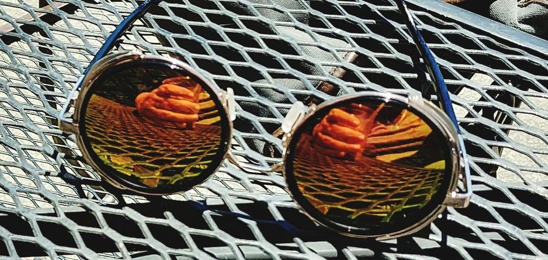 Sunglasses Reflection Pattern Summertime ıced Coffee Hands Sunshine