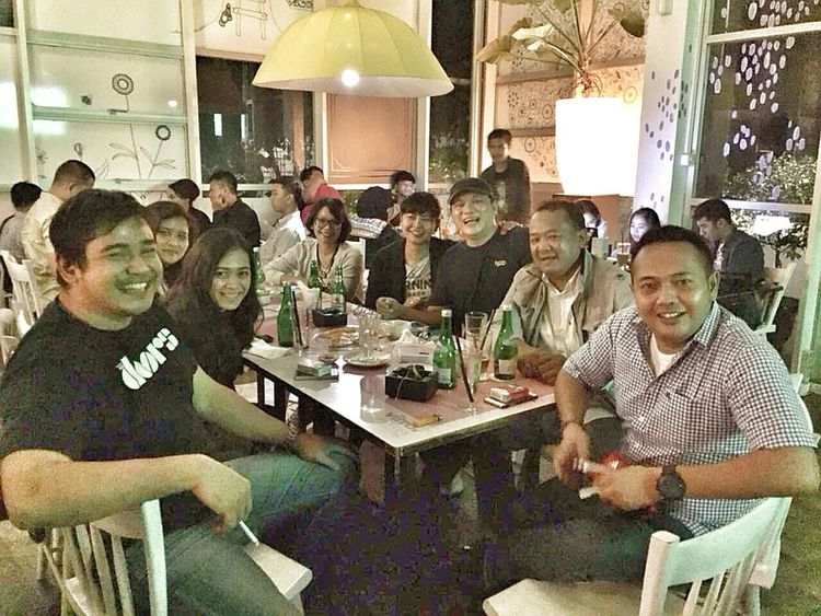 At Kedai Kopi 89. (24.09.2016) Mobile Upload-Me & Friends SMP 41 Friends By ITag