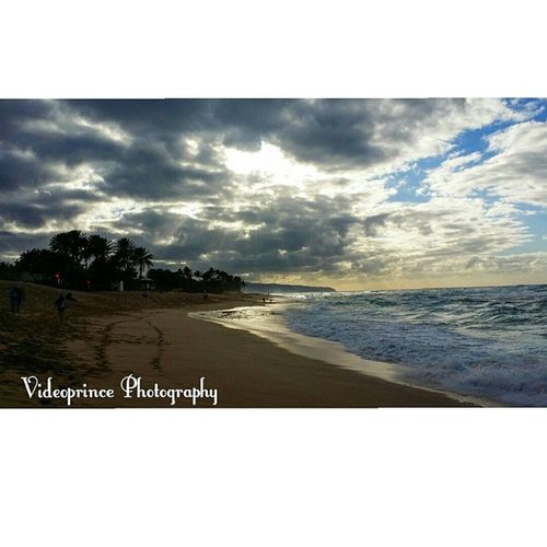 Sunset Beach (North Shore) Photography By: @VideoPrince Instagram Northshoreoahu Oahuphotography Oahu Hawaii Islandlife Cameraready Cameralife Photographer Photography Sand Beach Waves Sun Beautiful Videoprince Scenery Scenic Greatshot Amazing Luckywelivehi 808  Hawaiiunchained Venturehawaii Hnnsunrise