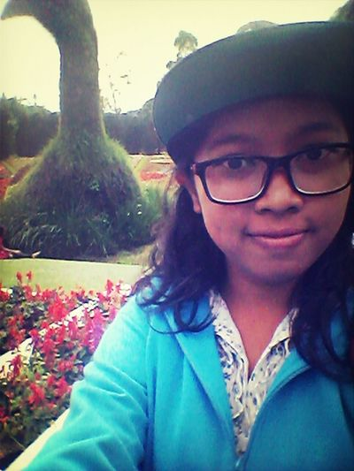 Selca..me..beautiful..flowers..vacation.. Vacation Time