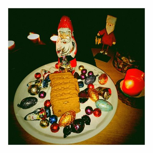 Xmas2018 Christmas Decoration Christmastime Xmas Santa Celebration Plate Dessert Table Close-up Sweet Food Food And Drink