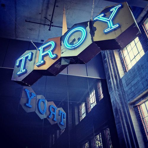 Neon Western Neon Signage Historic Troyblock Southlakeunion Seattle Nexus6P