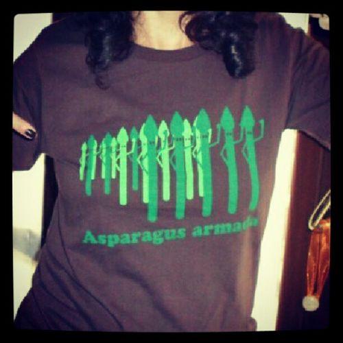 asparagus armata www.chiaralascura.it #vegandesign #chiaralascura #vegantshirt #vegantee #vegansofig #vegans #organiccotton #ecofriendly #nopvc #pftalatefree #fairwearfoundation #fairtrade Fairtrade Vegansofig Chiaralascura Vegans Vegandesign Vegantee Vegantshirt Nopvc Ecofriendly Pftalatefree Fairwearfoundation Organiccotton